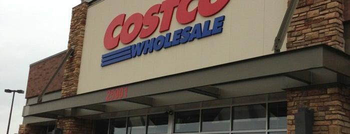 Costco is one of สถานที่ที่ Klaudia ถูกใจ.