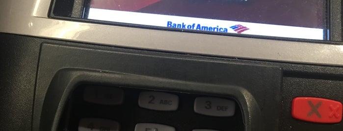 Bank of America is one of Lugares guardados de MISSLISA.