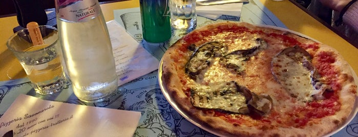 Pizzeria Savonarola is one of สถานที่ที่บันทึกไว้ของ Mehmet___75.