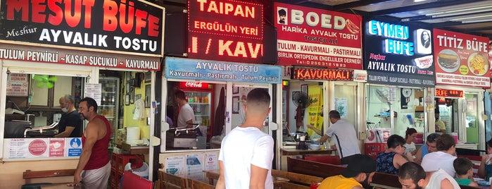 Mesut Büfe is one of Orte, die Ahmet gefallen.