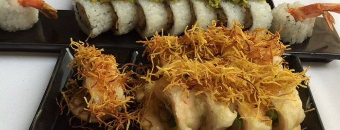 SushiClub is one of Locais curtidos por Ludmylla.