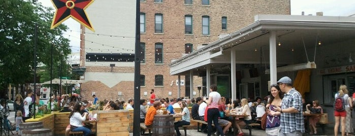 Chicago Summer Guide: Outdoor Seating