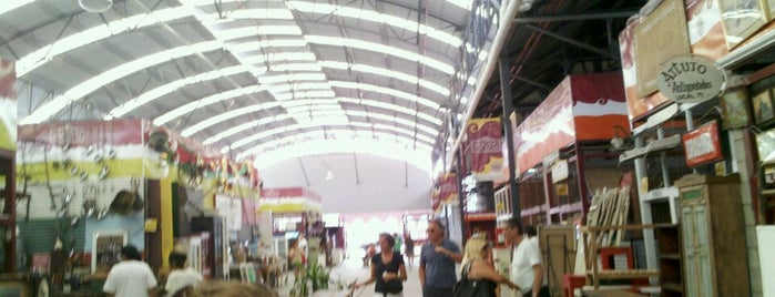 Mercado de Pulgas de Dorrego is one of Coolplaces Bsas.