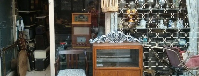 Anılar Eskici Dükkanı is one of Gezi.