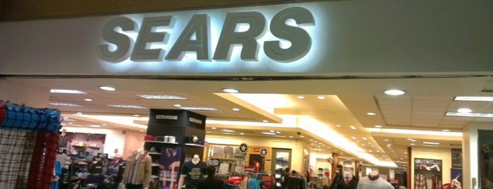 Sears is one of Tempat yang Disukai Chio.