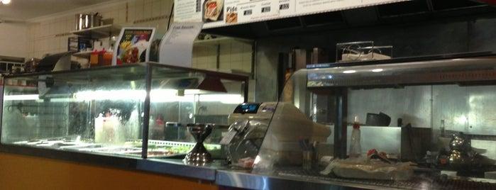 Barbeku Kebabs is one of สถานที่ที่ Anibal ถูกใจ.
