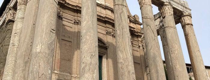 Templo de Antonino e Faustina is one of BUCKET LIST.