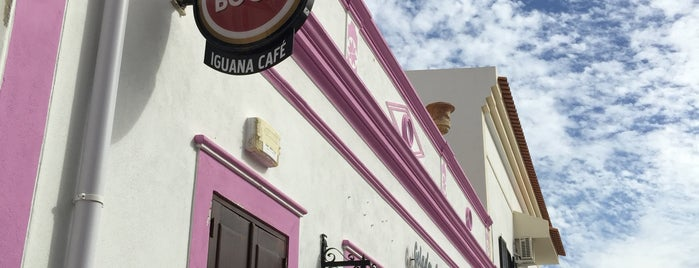 Iguana Café is one of Albufeira.