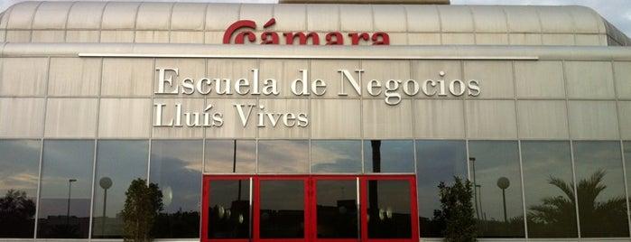 Camara Valencia Escuela de Negocios Lluis Vives is one of Inma 님이 좋아한 장소.