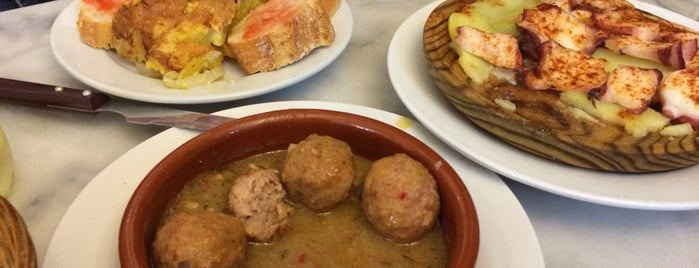 Taverna Iberia is one of Lugares favoritos de Jose Antonio.