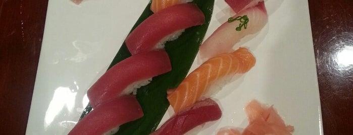 LJ Asian Cuisine is one of Brandi : понравившиеся места.