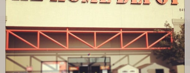 The Home Depot is one of Posti che sono piaciuti a TROY CLIFFORD.