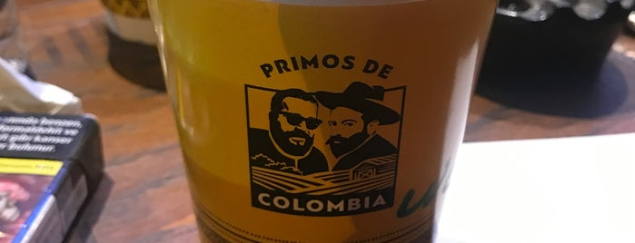 Primos De Colombia is one of Places You Can Go With Your Dog in Istanbul.