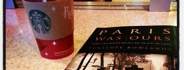 Starbucks is one of safiya'nın Beğendiği Mekanlar.