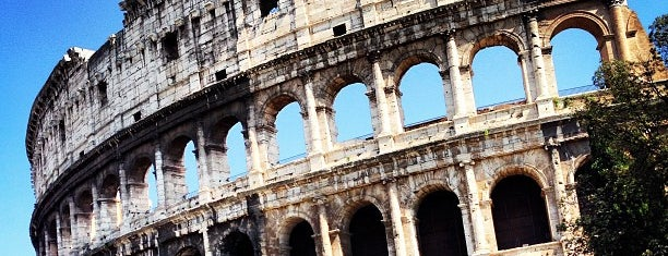 Coliseo is one of Roma - a must! = Peter's Fav's.