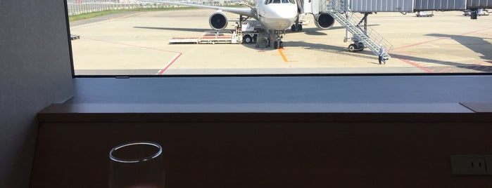 KIX Club ANA Lounge is one of Airports.