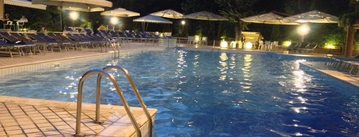 Caribbean Pool is one of สถานที่ที่ Koroleva ถูกใจ.