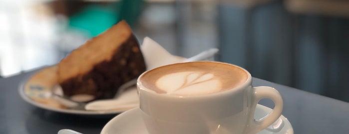 Kaffee Bar 19 is one of PARIS sweet tooth.