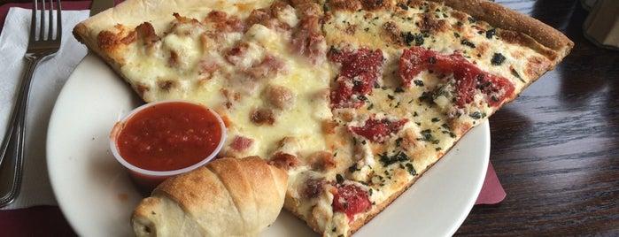 West Nyack Pizzarena is one of Locais curtidos por Jay.