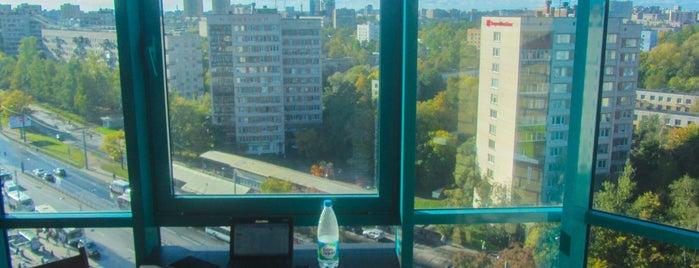 Ветеранов 36/2 is one of Lieux qui ont plu à Rostislav.