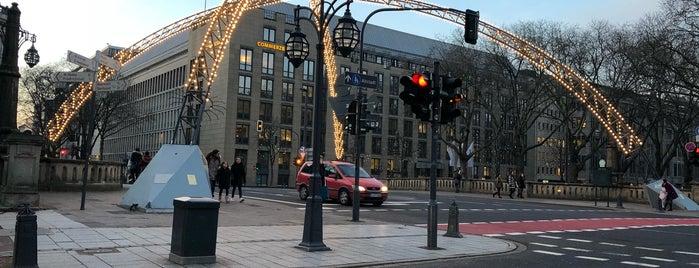 Schadowstraße is one of Carlos Alberto 님이 좋아한 장소.