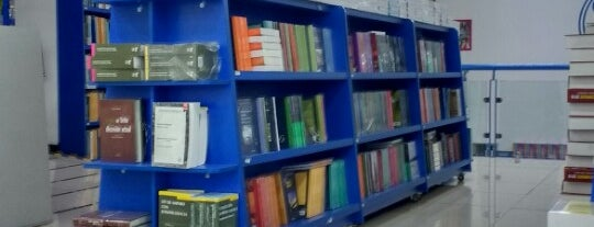 Librería El Sótano is one of Lugares favoritos de Ivan.