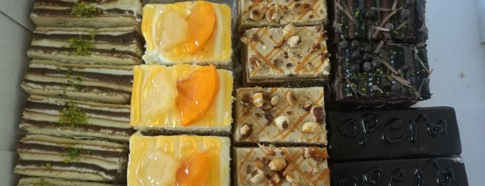 Natli Pastry Shop | قنادی ناتلی is one of Lieux qui ont plu à Nora.