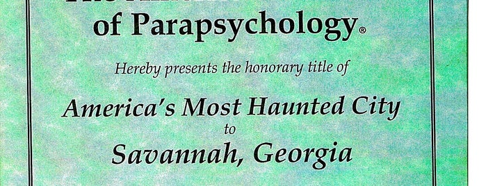 6th Sense World® Historic Ghost & Cemetery Tours is one of Savannah.