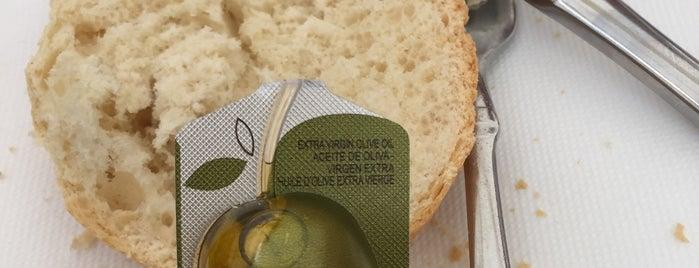 Les Forgaxes is one of Comida, Restaurantes, etc..