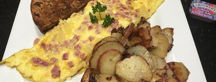 Keke's Breakfast Cafe is one of Ha Ha 님이 좋아한 장소.