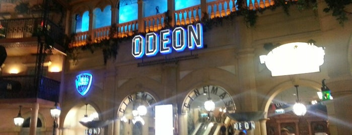Odeon is one of Locais curtidos por Victoria.
