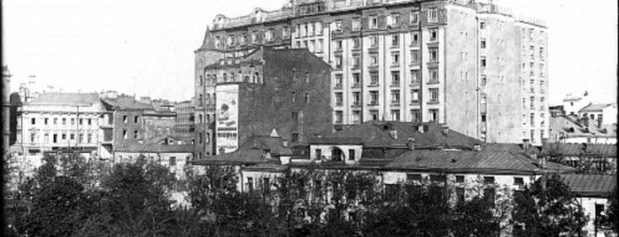 Большой Гнездниковский пер., 10 is one of Закладки IZI.travel.