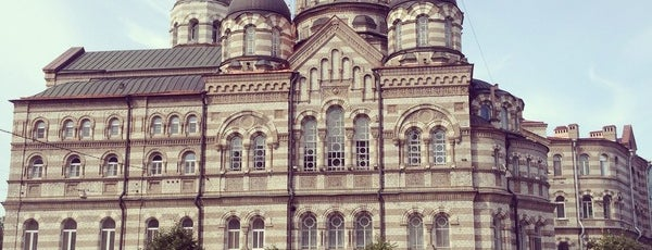 Иоанновский ставропигиальный женский монастырь is one of Закладки IZI.travel.