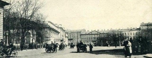 Манежная площадь (Ново-Манежный сквер) is one of Закладки IZI.travel.