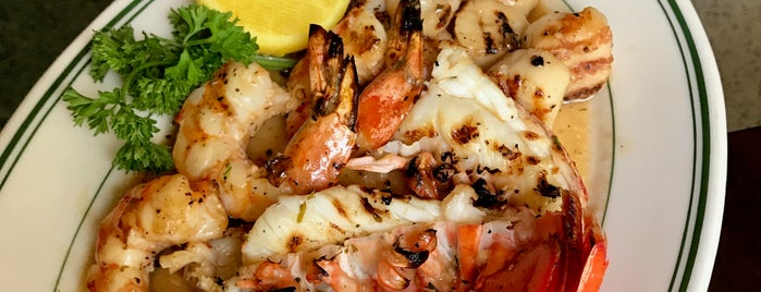 Joe's Seafood, Prime Steak & Stone Crab is one of Lieux qui ont plu à Danyel.