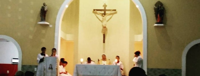 Paróquia Nossa Senhora do Perpetuo Socorro is one of Arquidiocese de Fortaleza'nın Kaydettiği Mekanlar.