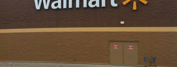 Walmart Supercenter is one of B David 님이 좋아한 장소.