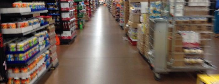 Walmart is one of Lucky 님이 좋아한 장소.