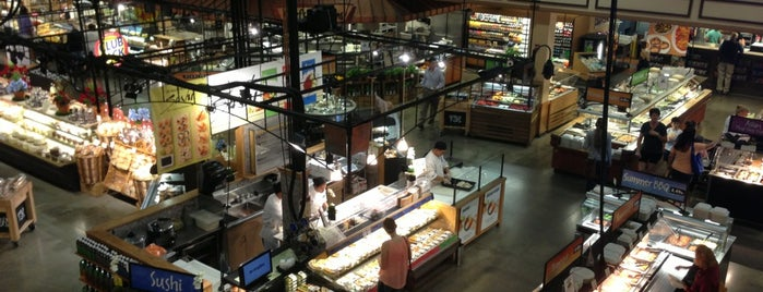 Wegmans Market Cafe is one of Buffalo.