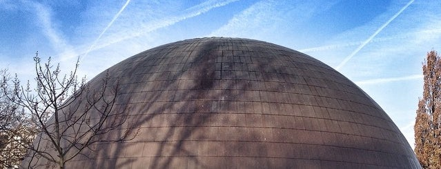 Artis Planetarium is one of All Museums in Amsterdam ❌❌❌.