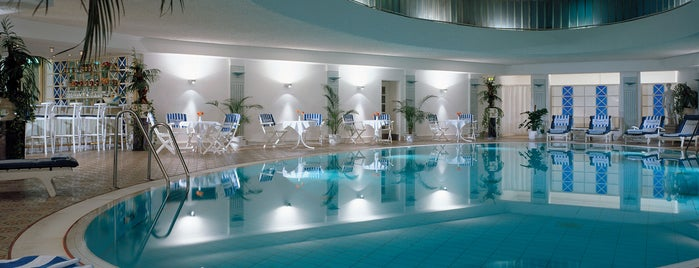 Kempinski Hotel Bristol is one of berlin love.