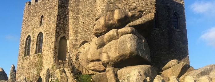 Carn Brea Castle is one of Lugares favoritos de LaNad.