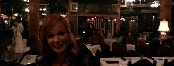 Butch's Old Casino Steakhouse is one of Orte, die Mike gefallen.