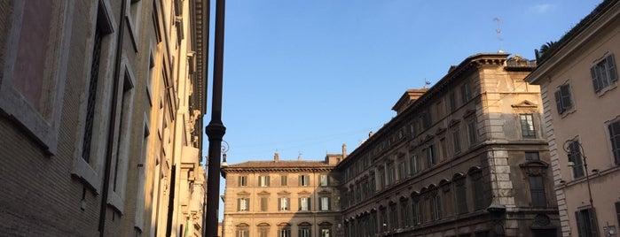 Piazza del Collegio Romano is one of Roma.