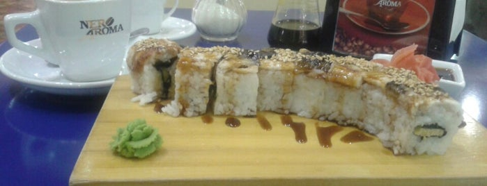 solosushi is one of Locais curtidos por Lola.