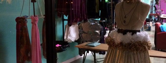 Maripoza Boutique is one of Posti che sono piaciuti a Sofia.