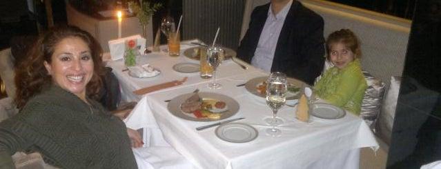 Key Hotel Restaurant is one of İzmir'de yeme içme sanatı.