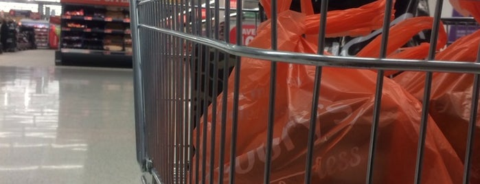 Sainsbury's is one of Mark : понравившиеся места.