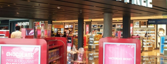 Duty Free Shop is one of Locais salvos de luizeduardocm.