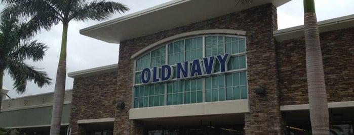 Old Navy is one of Tempat yang Disimpan Lori.